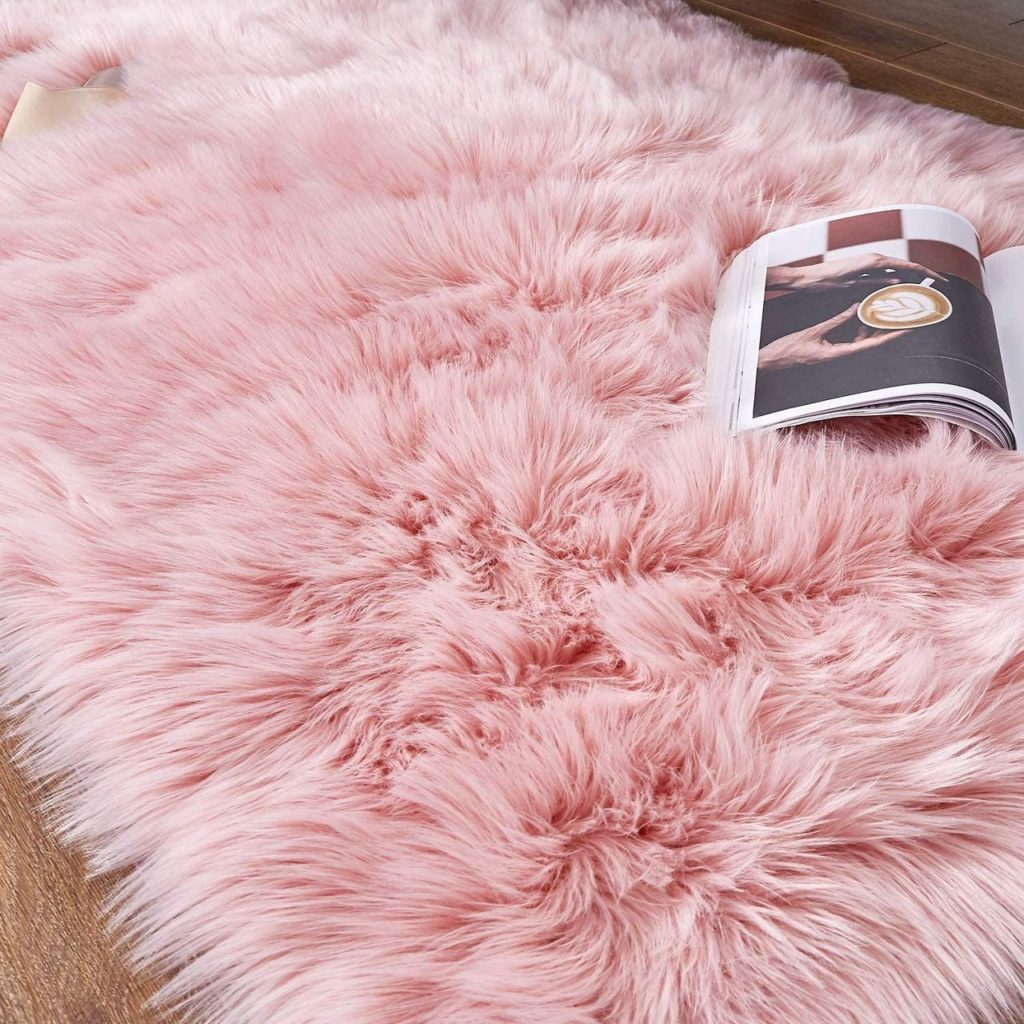 Pink Faux Fur Rug for Cosy Kids Rooms